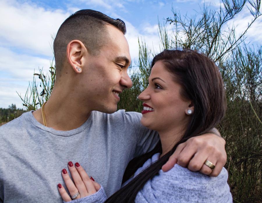 couples-photos-face-to-face-profile-portrait