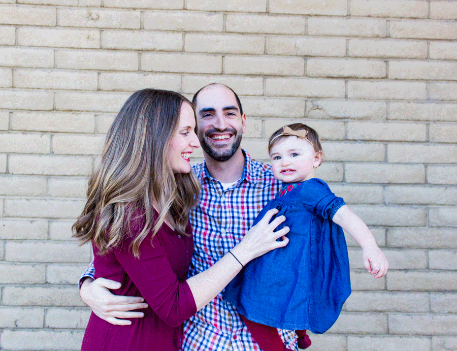 family-photography-outside-mommy-tickling-toddler-happy